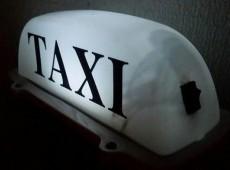 Taxi işarəsi