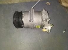 Kondisioner Compressor FORD