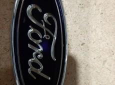 Ford Fusion embleması